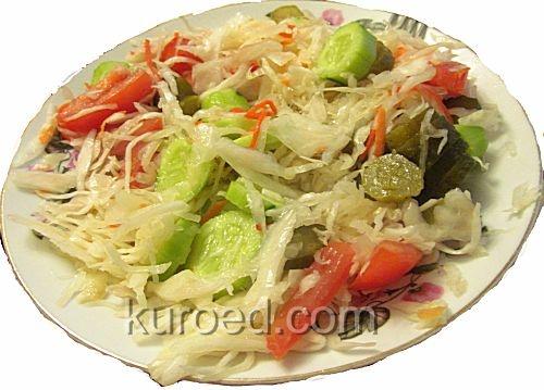 квашеная капуста с огурцами салат рецепт